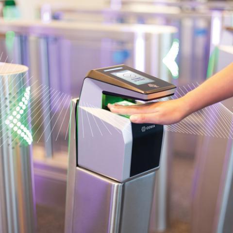 Terminal de Biometria 3D para Controle de Acesso Idemia MorphoWave Compact